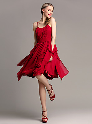 Lanting Bride® באורך  הברך שיפון שמלה לשושבינה - גזרת A רצועות ספגטי פלאס סייז (מידה גדולה) / פטיט עם קפלים מדורגים