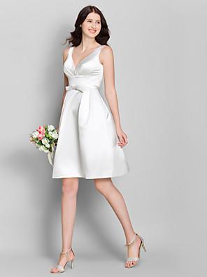 Lanting Bride® Knælang Satin Brudepigekjole A-linje V-hals med Sløjfe(r)