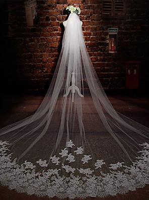 הינומות חתונה שתי שכבות צעיפי קתדרלה אפליקצית קצה תחרה טול / תחרה שנהב