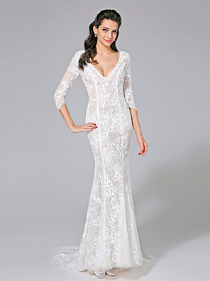 2017 Lanting Bride® Trumpet / Mermaid Wedding Dress - Chic & Modern See-Through Wedding Dresses Sweep / Brush Train V-neck Lace with Button