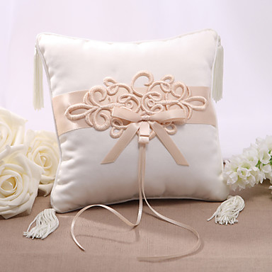 Elegent Satin Wedding Ring Pillow With Chinese Knot 502524