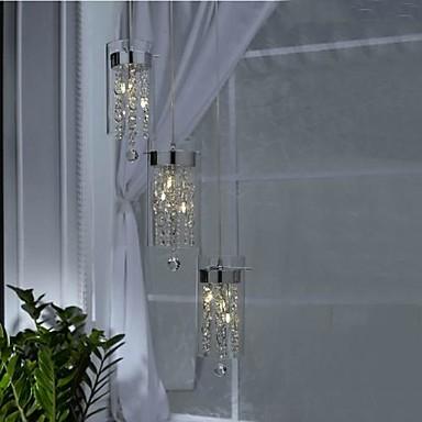 Luxe minimalistische restaurants gebruiken kristallen for Lamparas colgantes minimalistas