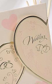Pretty Heart Design Wedding Invitation (Set of 50)