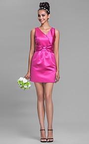 Short/Mini Satin Bridesmaid Dress-Plus Size / Petite Sheath/Column V-neck