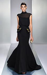 Formal Evening Dress - Black Plus Sizes Trumpet/Mermaid High Neck Sweep/Brush Train Chiffon