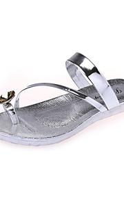Серебристый / Золотистый-Женская обувь-Для прогулок / На каждый день-Дерматин-На танкетке-С круглым носком-Сандалии