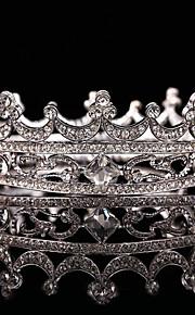 Women's / Flower Girl's Rhinestone / Alloy Headpiece-Wedding / Special Occasion Tiaras 1 Piece