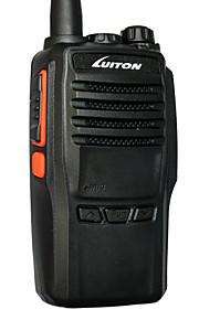 LT-188H VHF Walkie-talkie 10W 16 136-174 mHz 2800mAh(Li-Ion) 5-10 kmProgrammerbar med PC software / Strømsparefunktion / VOX / Advarsel