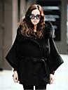 Women\'s Hooded Detachable Fur Collar Long Sleeve Outwear with Belt