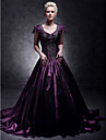 Formal Evening / Quinceanera / Sweet 16 Dress - Plus Size / Petite A-line / Ball Gown / Princess V-neck Court Train Taffeta