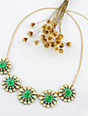 Kayshine Green Diamond Daisy Necklace