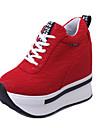 Svart / Röd-Kilklack-Dam-Komfort-Konstläder-Utomhus / Sport-Sneakers