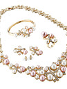 Set bijuterii Pentru femei Aniversare / Nuntă / Logodnă / Zi de Naștere / Cadou / Petrecere Set Bijuterii Aliaj ȘtrasBrățări / Inele /