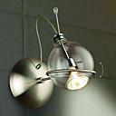 umjetnički zid svjetlosti s elegantnim globus sjeni